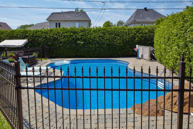 Swimming Pool with a Strong Fence Installation in San Jose