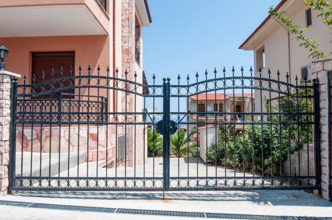 Driveway Gate Installation by A-1 Fence Inc